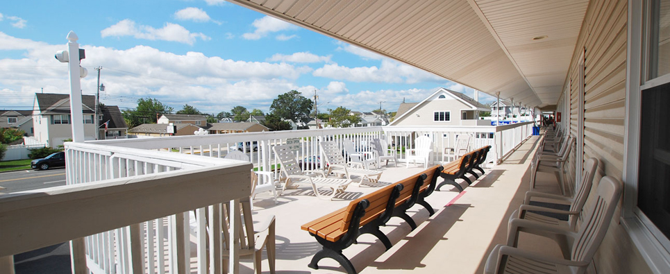 Surfside motel Balcony